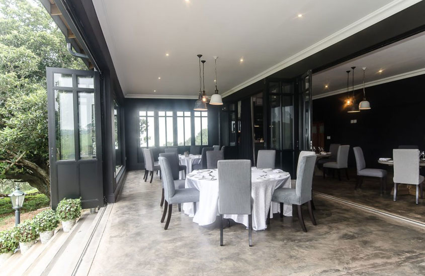 Brahman Hills – Sunday LUnch at the Stables Restaurant